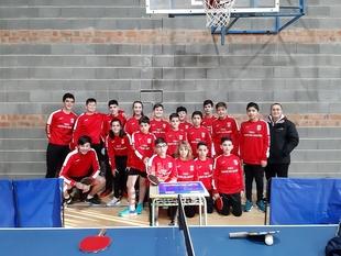 Cerca de 300 palistas de Extremadura participaron en el I Torneo Judex de tenis de mesa en Fuente del Maestre