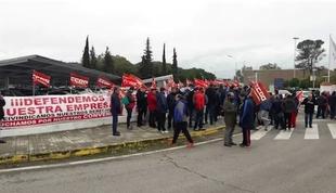 La plantilla de Deutz Spain en Zafra secunda `masivamente´ la concentración convocada para exigir mejoras en el convenio