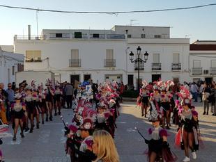 La cantera carnavalera amenizó el gran desfile infantil del carnaval fontanés