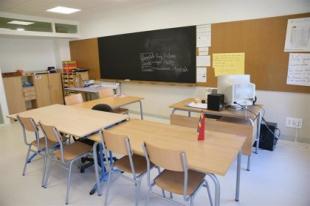 Aulas de Los Santos de Maimona y Feria comienzan la formación a distancia por casos de covid-19 en el colegio