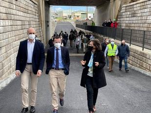 Inaugurado hoy el doble túnel bajo la vía del tren que permitirá la unión de Zafra con los polígonos industriales de la ciudad