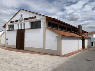 Publicado el pliego de cláusulas que regirá la concesión de puestos en el Mercado de Abastos de Los Santos de Maimona