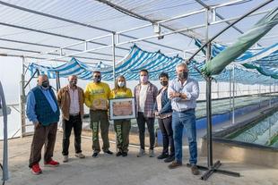 El Ayuntamiento de Burguillos del Cerro visita las instalaciones de Serna Spirulina,reciente Premio de Excelencia a la Innovación para Mujeres Rurales