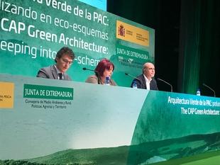 El alcalde destaca la importancia de la Unión Europea para el desarrollo de la Feria Internacional Ganadera