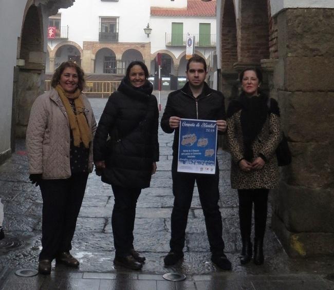 El ayuntamiento y las asociaciones de comerciantes y empresarios de Zafra presentan la campaña de Navidad