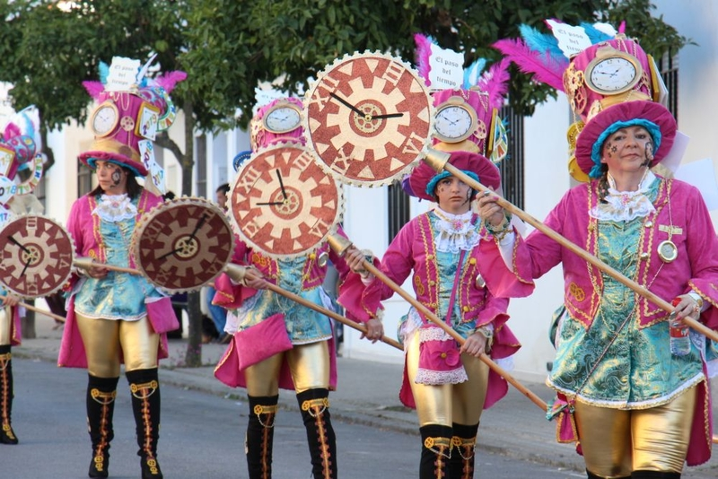 Los Santos se prepara para el gran desfile de carnaval de este sábado