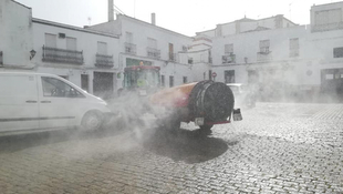 Este sábado 28 de marzo se volverán a desinfectar las calles de Fuente del Maestre