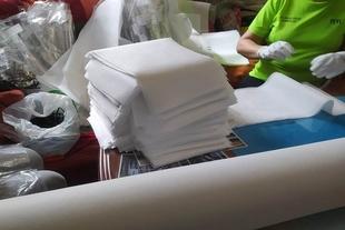 Un grupo de voluntarias santeñas logra fabricar 4000 mascarillas, bajo la coordinación de AOEX