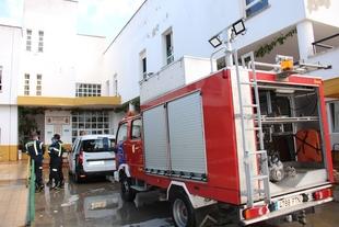 Los bomberos han desinfectado hoy la residencia de mayores de Los Santos de Maimona
