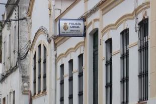 La Policía Local de los Santos de Maimona detiene a un individuo por incumplimientos reiterados del estado de alarma