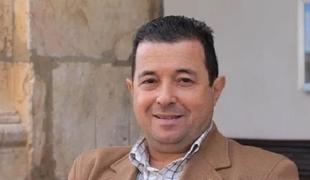 Juan Antonio Barrios, alcalde de Fuente del Maestre, agradece el trabajo de las gestoras y trabajadores de la residencia de ancianos