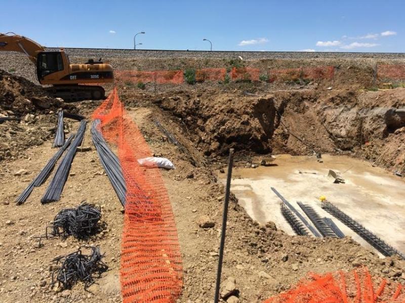Las obras del doble túnel bajo la vía del tren en Zafra y del antiguo Hospital de San Miguel van a buen ritmo