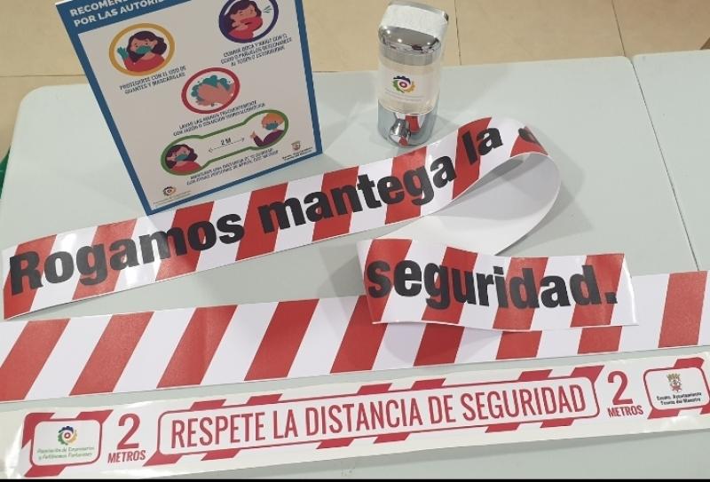 Repartidos más de 200 kits de seguridad a empresas de Fuente del Maestre con atención al público