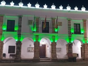 El Ayuntamiento de Fuente del Maestre se iluminará de verde este domingo con motivo del DÍA MUNDIAL DE LUCHA CONTRA LA ELA