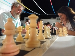 La Escuela de Ajedrez `Gran Maestre´ retoma su actividad este verano