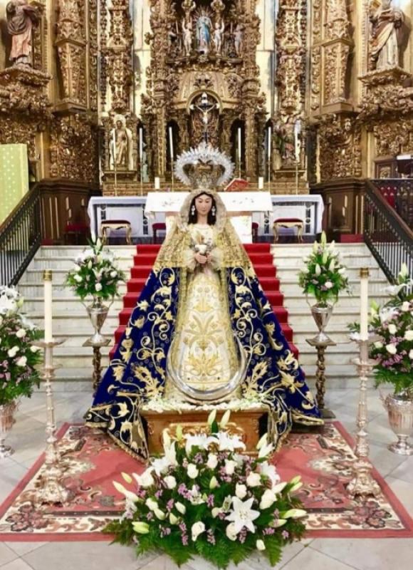 La imagen de la Virgen de la Cabeza de Fuente del Maestre fue presentada tras su restauración