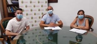 El Ayuntamiento de Zafra entregará 450 euros de complemento a 104 trabajadores municipales por su labor en el Estado de Alarma