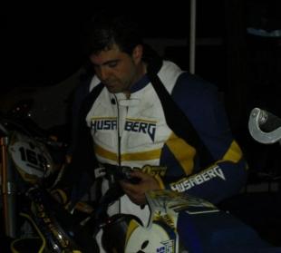 El fontanés Carlos Cuéllar invitado a la prestigiosa carrera de las Leyendas del Supermotard en la Comunidad Valenciana