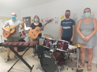 El Ayuntamiento de Fuente del Maestre invierte más de 3000 euros en nuevos instrumentos para la Escuela de Música