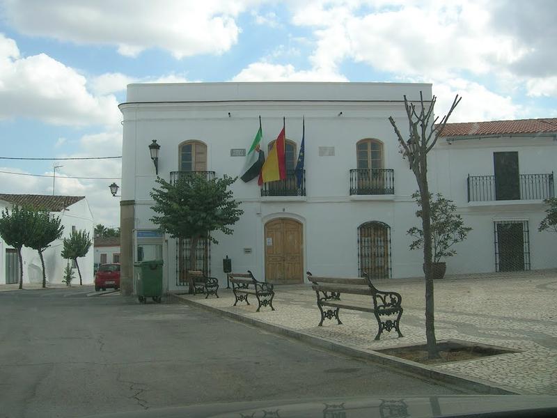 El Ayuntamiento de Valverde de Burguillos informa de un positivo por covid-19 en la localidad