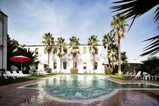 Más de 2.000 clientes han disfrutado este verano de las instalaciones de Hotel y Balneario El Raposo