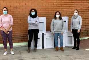 El Ayuntamiento de Valencia del Ventoso dona 8 purificadores de aire para el CEIP Ezequiel Fernández