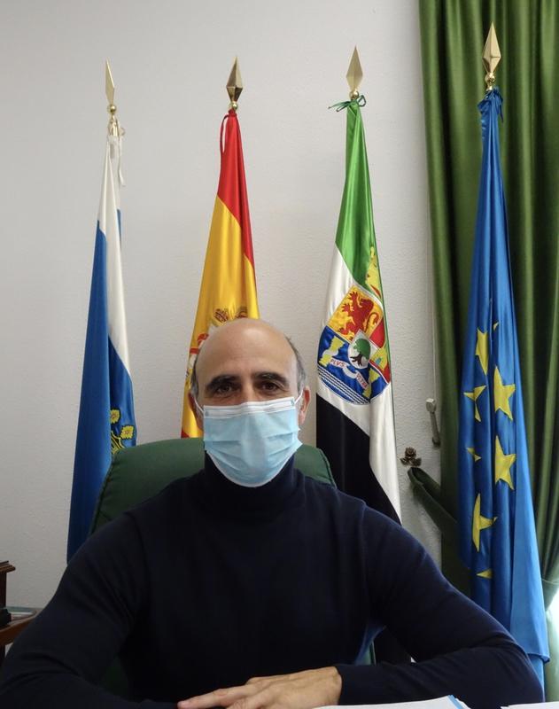 El alcalde de Zafra realiza un llamamiento para el consumo de productos locales por parte de  la ciudadanía