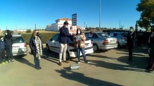 Más de 170 coches se suman a la Caravana Reivindicativa de empresarios y autónomos fontaneses en apoyo al comercio y hostelería
