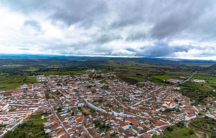 La Junta levanta el cierre perimetral de Burguillos del Cerro desde esta misma noche