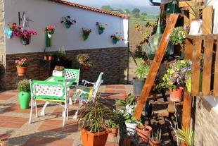 Abierto el plazo en Los Santos de Maimona para las inscripciones del IV Concurso de Ornamentación Floral de patios, jardines y balcones