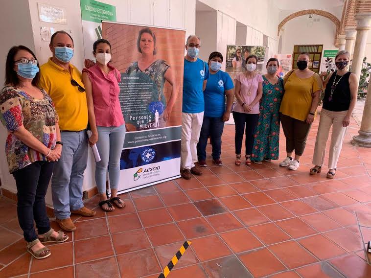 El Ayuntamiento de Zafra acoge la exposición fotográfica `Personas que se mueven´ de Médicos del Mundo