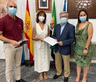 María Teresa Calderón releva a Tomás Cabacas al frente del Museo de la Historia de la Medicina y la Salud de Zafra