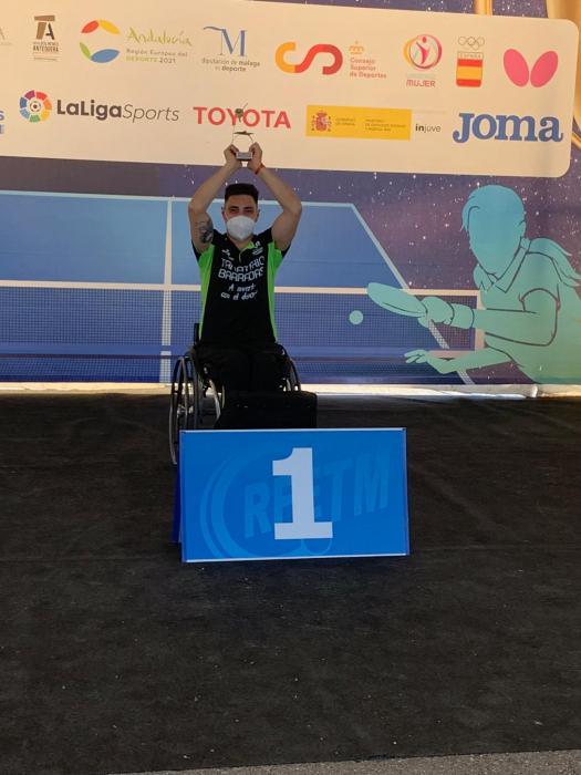 El palista fontanés Francisco Javier López consigue tres medallas de oro en el Campeonato de España de Tenis de Mesa