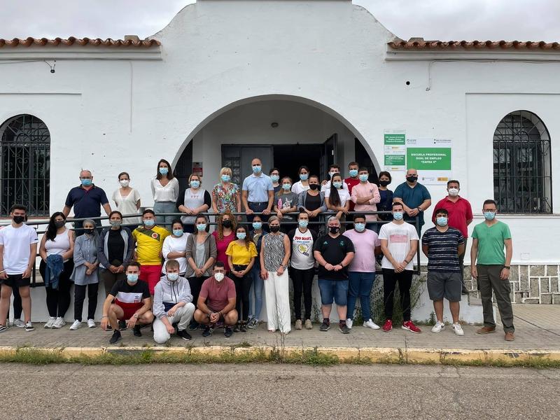 La Escuela Profesional Dual de Empleo de Zafra V se ha inaugurado hoy con la participación de 30 alumnos