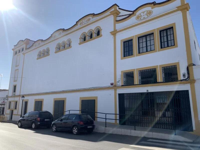 María Luisa Merlo y Jesús Cisneros traen al Monumental de Los Santos de Maimona la obra `Conversaciones con mamá´