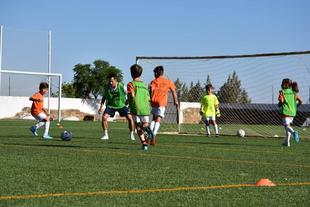 Celebrado en Fuente del Maestre el VII  Campus de Fútbol Mixto Verano 2021 `Jorge Troiteiro & Enjoy Keepers Academy´