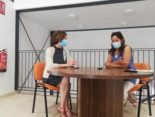 La Biblioteca Municipal de Zafra ha abierto hoy la sala de estudio en el nuevo edificio de la calle San José
