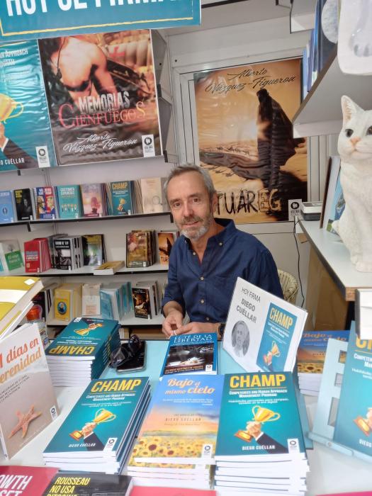 El fontanés Diego Cuéllar presentó su novela `Champ´ en la Feria del Libro de Madrid