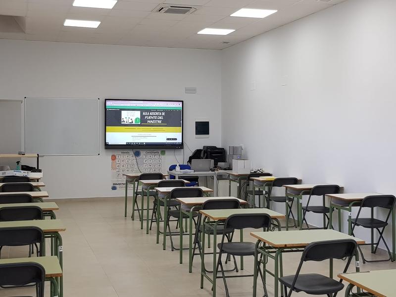 Casi 100 matriculados en el Aula Adscrita de la Escuela Oficial de Idiomas de Zafra en Fuente del Maestre