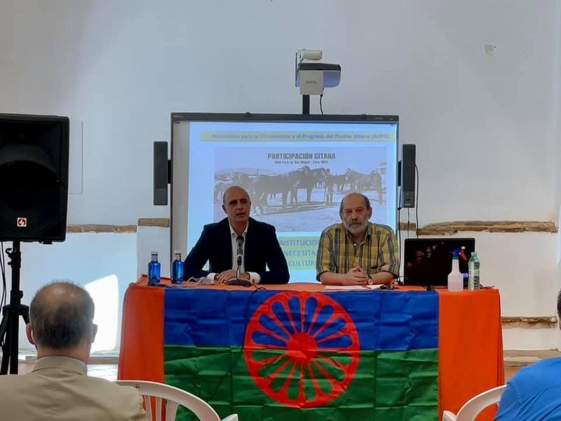 La Biblioteca Municipal de Zafra inaugura una nueva sección de libros de temática romaní