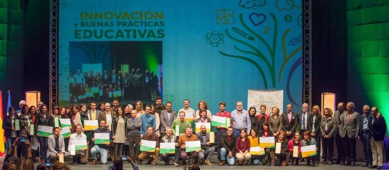 `Las ocho rosas de Sophie´ del IESO Matías Ramón Martínez de Burguillos galardonado con el Primer Premio Joaquín Sama a la Innovación Educativa