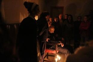 Teatro y terror tras las puertas de la 'Antigua Guardería' en la noche de todos los Santos