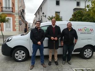 Zafra ya cuenta con uno de los 200 coches eléctricos cedidos por la Diputación de Badajoz