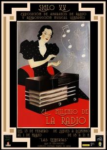 """La exposición """"El Milenio de la Radio"""" llena Las Tenerías de Zafra de historia, música y recuerdos"""
