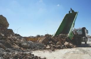 Promedio retira 1.031.728 kilos de escombros de Fuente del Maestre en un año