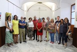 La Escuela Municipal de Pintura de Los Santos de Maimona inaugura una exposición con las obras de sus alumnos