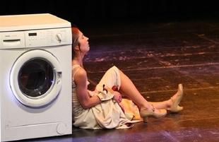 La obra de teatro-danza `Amarga Dulce´ se representará este martes en Los Santos