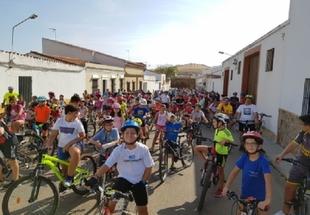Gran éxito del decimoquinto Día de la Bicicleta celebrado en Fuente del Maestre