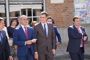Pedro Sánchez pone en valor los 566 años de historia de la FIG y se muestra sorprendido antes sus grandes cifras