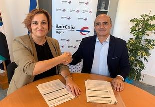 La Entidad Ferial suscribe los convenios de colaboración con Ibercaja y Caja Rural de Extremadura para la Feria de Zafra